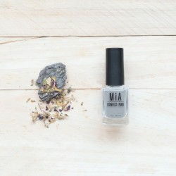 MIA COSMETICS MOONSTONE